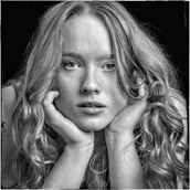 curls aplenty studio lighting photo by photographer rick jolson