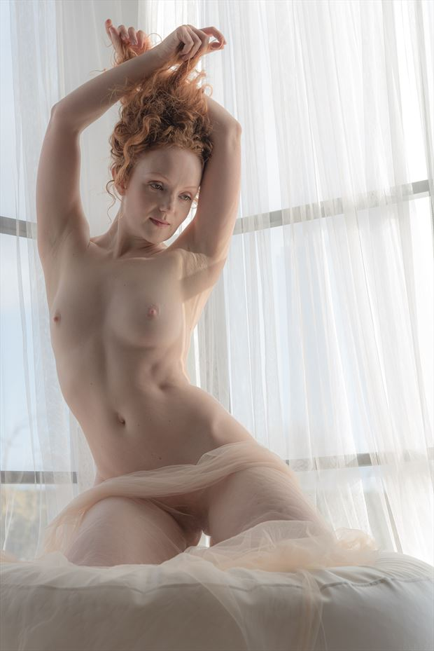 curve artistic nude photo by photographer ghost light photo