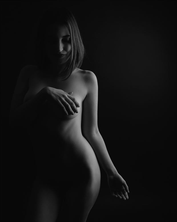 curves artistic nude photo by photographer alejandro vaccarili