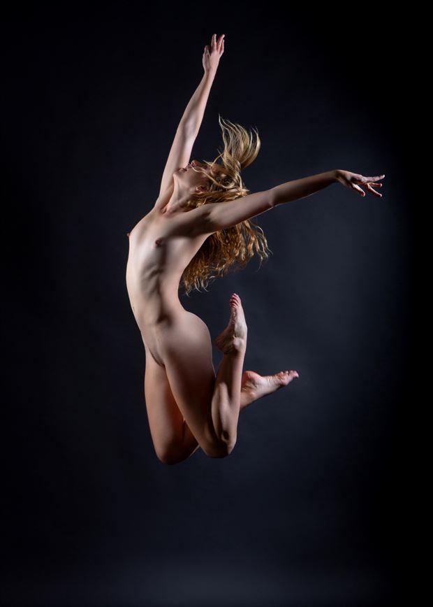 dance artistic nude photo by model riley jade