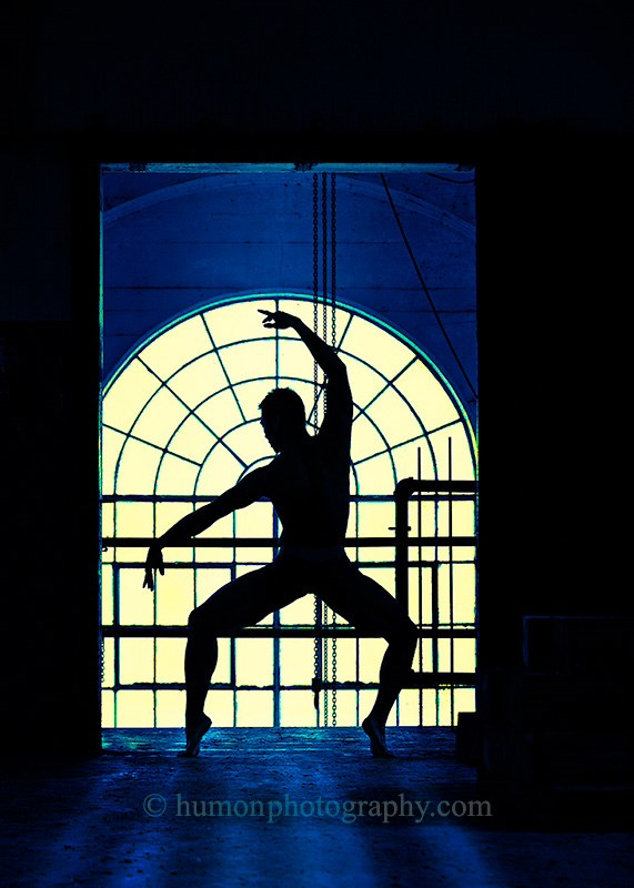 dance the light Silhouette Artwork by Photographer humon photography
