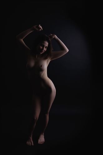 dancer artistic nude photo by photographer alejandro vaccarili