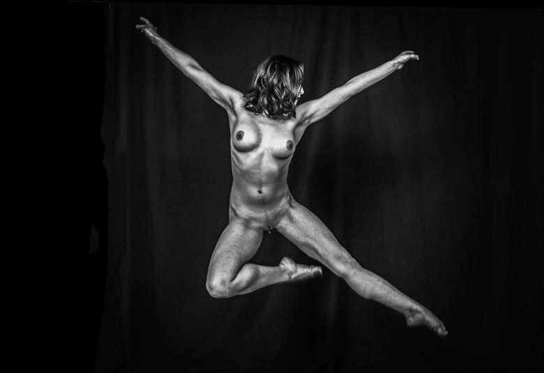 dancer artistic nude photo by photographer robert l person
