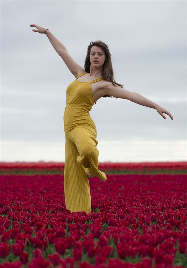 dancer glamour photo by photographer darka