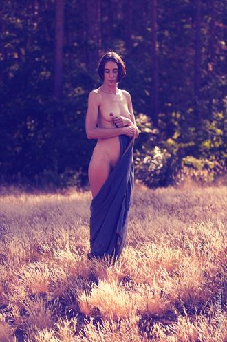 dancing in the woods iii artistic nude photo by photographer benedikt wohlleben