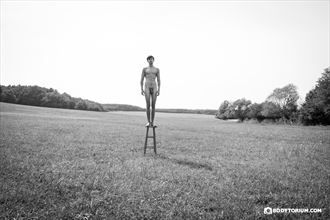 david artistic nude photo by photographer phil dlab