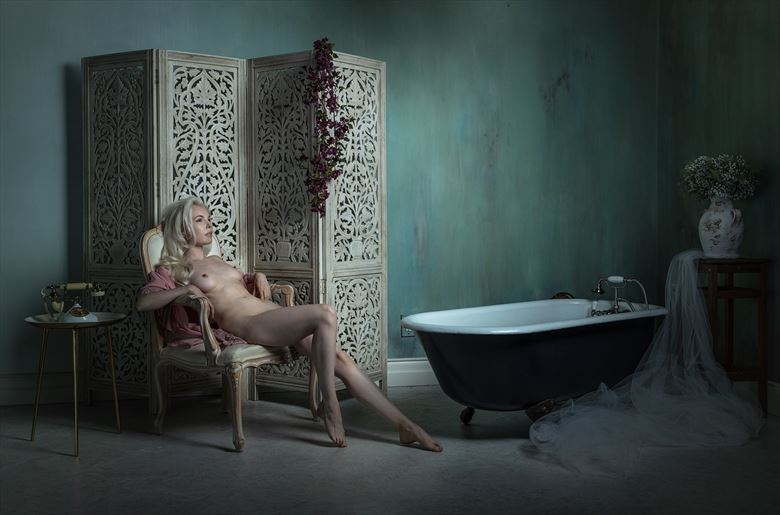 daydream artistic nude photo by photographer ellis