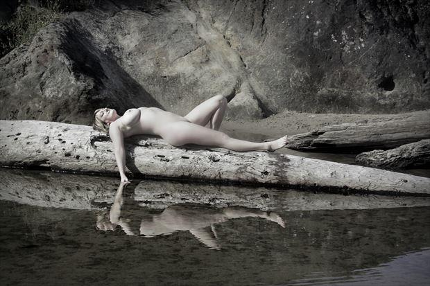 daydream reflection artistic nude photo by artist annedelion