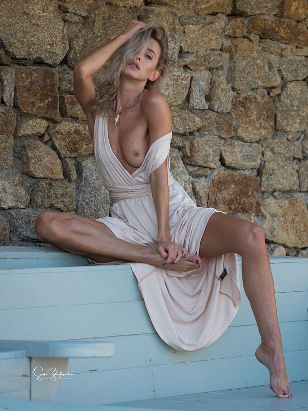 dddomini erotic photo by photographer spyro zarifopoulos