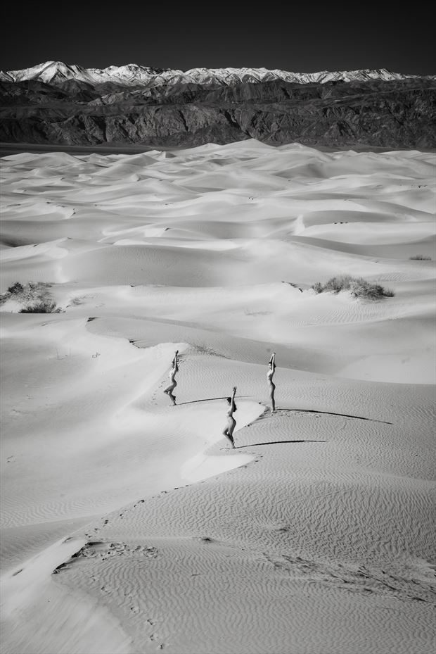 death valley eureka dune field artistic nude photo by photographer randall hobbet