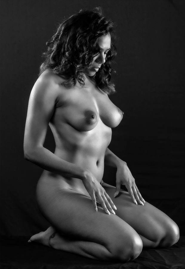 deep in thought artistic nude photo by photographer gpstack