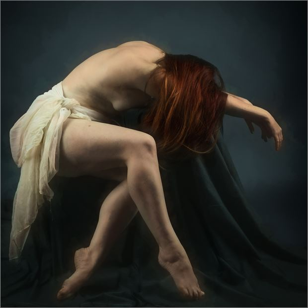 despair artistic nude photo by photographer dave belsham