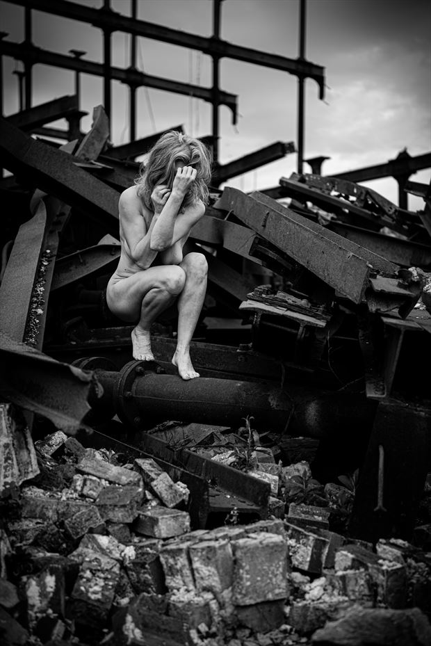 despair in ruin artistic nude photo by photographer kreative light