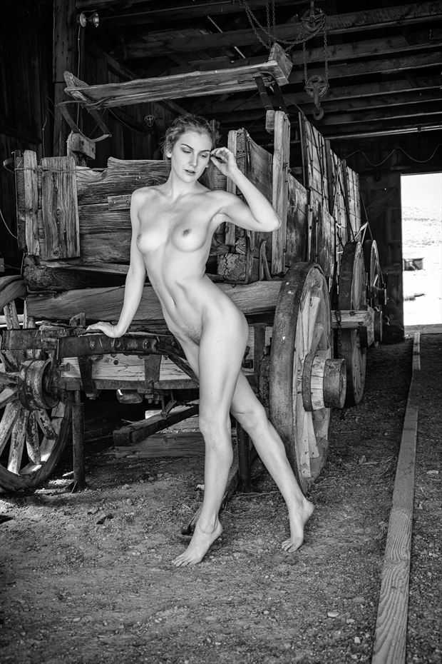 diamond in the rough artistic nude photo by photographer philip turner