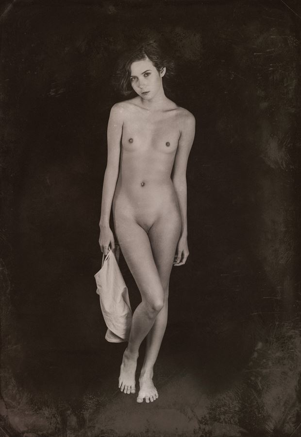 diana in the studio artistic nude photo by photographer jefflamarche