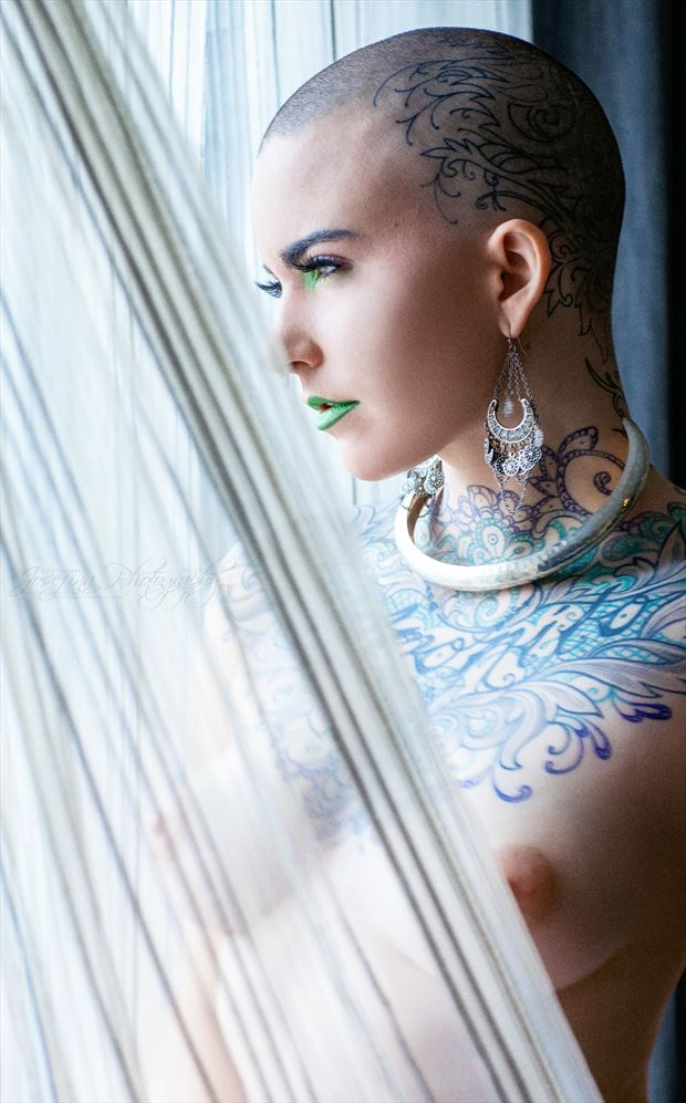 distant artistic nude photo by photographer josefinaphoto