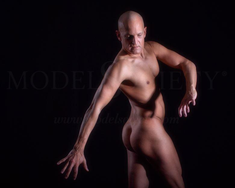 don t look back artistic nude photo by model avid light