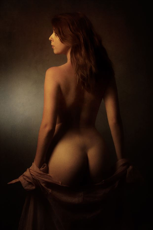 dont look back artistic nude photo by photographer mick waghorne