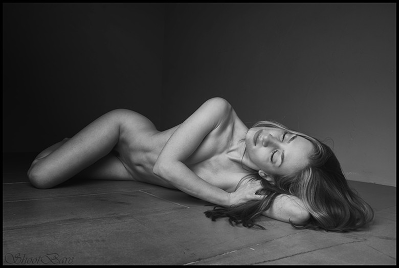 downtime Artistic Nude Photo by Model MelissaAnn