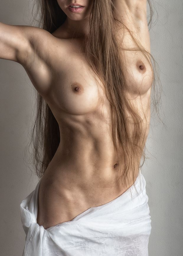 draped torso artistic nude photo by photographer rick jolson