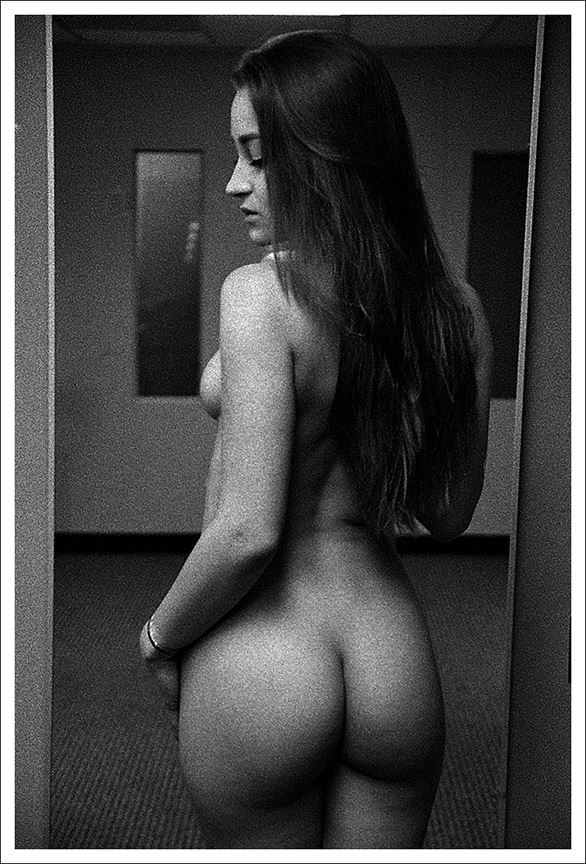 dressing room ii artistic nude photo by photographer marcophotola