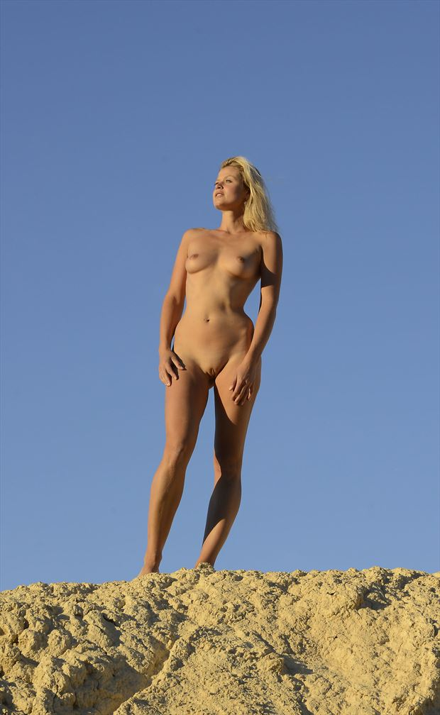 dune artistic nude photo by photographer shootist