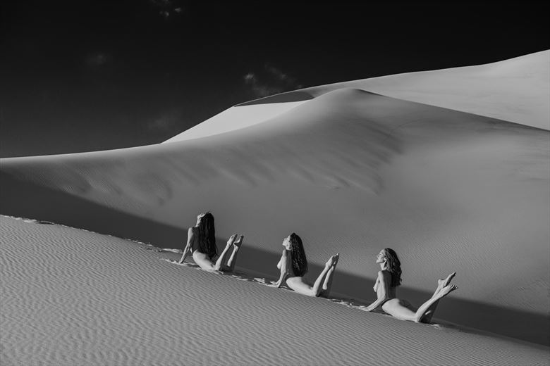 dune dance artistic nude photo by photographer philip turner