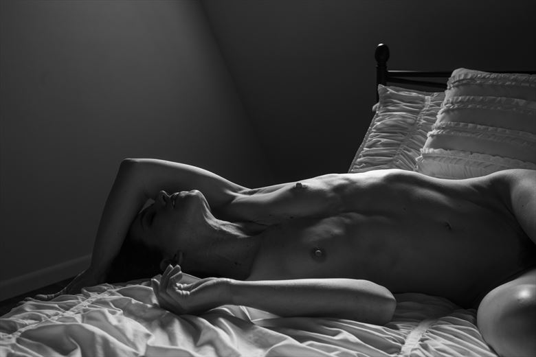 edge lit artistic nude photo by photographer gsphotoguy