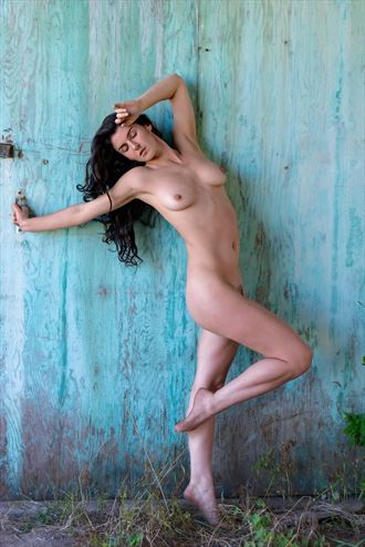 elegance in the remnants artistic nude photo by photographer philip turner