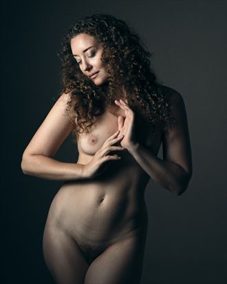 ella artistic nude photo by photographer ray fritz