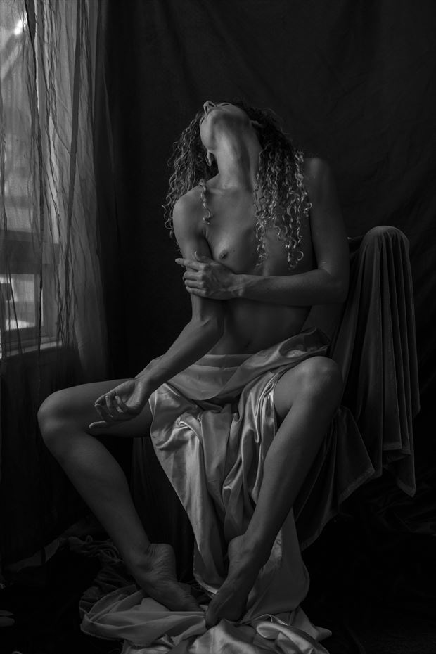 emancipation artistic nude photo by artist wendy garfinkel
