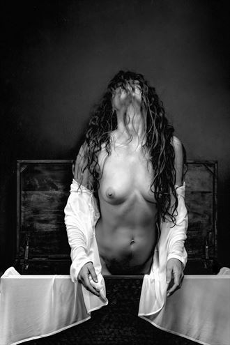 emergence artistic nude photo by photographer philip turner