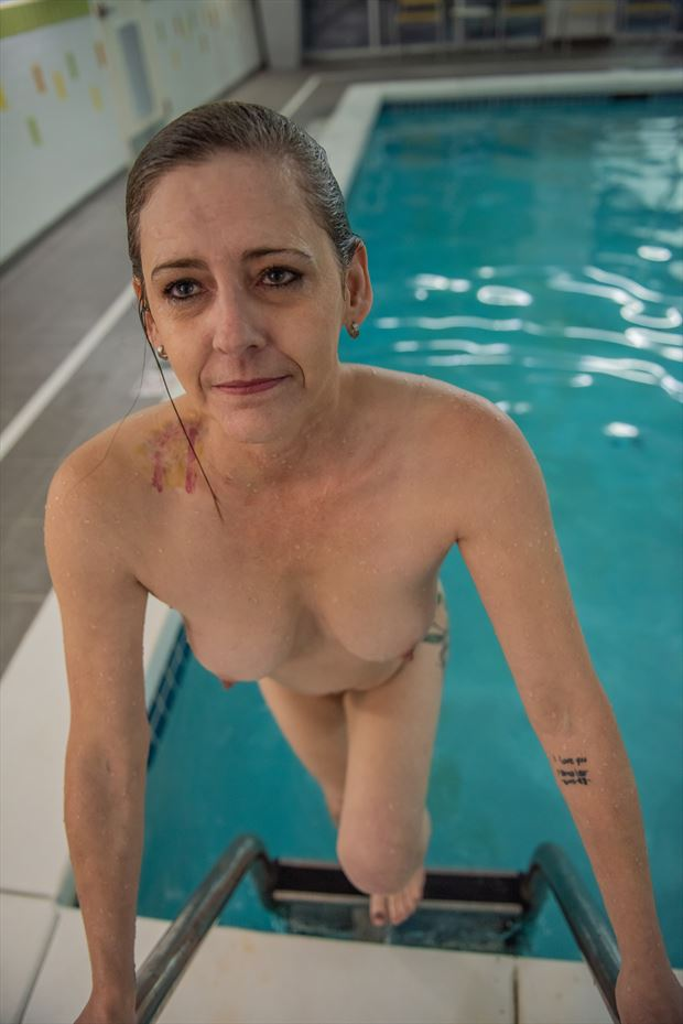 emerging artistic nude photo by photographer vwatkins
