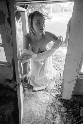 encounter with the past artistic nude photo by photographer studio2107