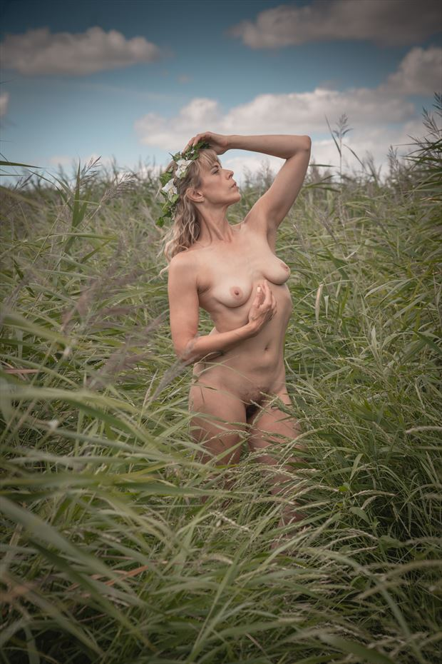english summer beauty 2 artistic nude photo by photographer colin dixon