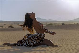 enlighten me iii artistic nude photo by photographer giorgio chiandussi