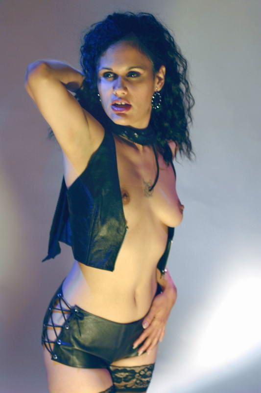 erotic expressive portrait artwork by photographer malec images
