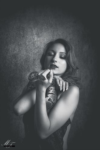erotic glamour photo by photographer mr t