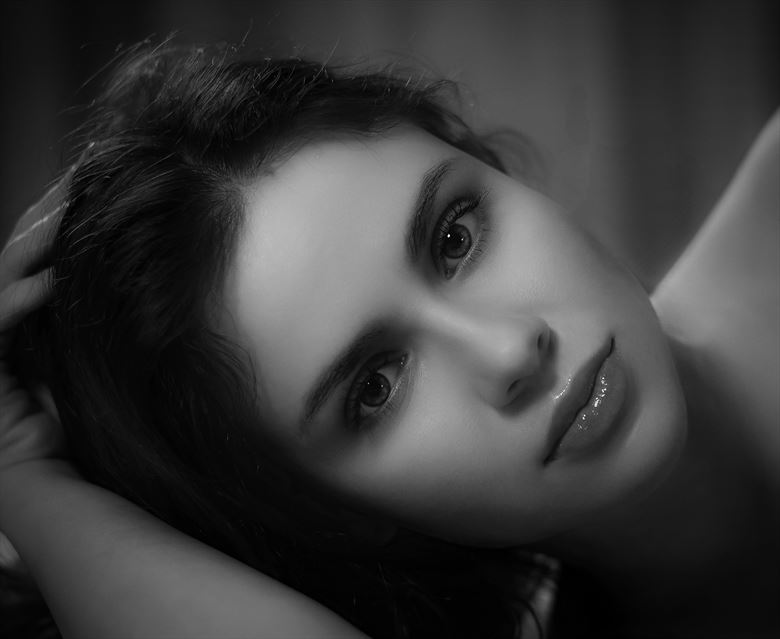 erotic sensual photo by photographer benjamins