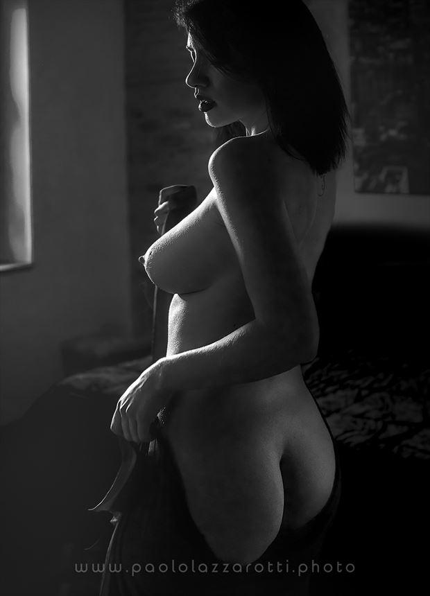 erotic sensual photo by photographer paolo lazzarotti