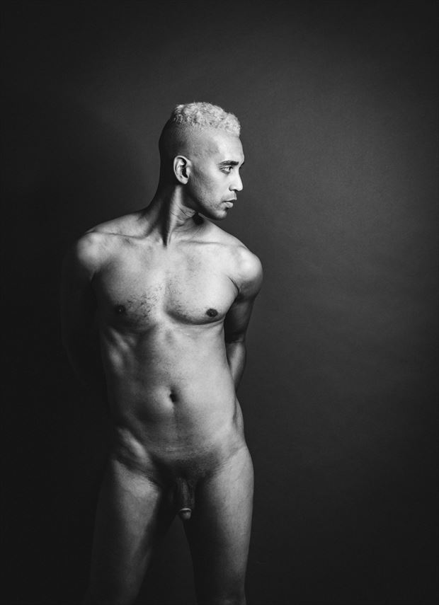 erotic studio lighting artwork by photographer rxbthephotography