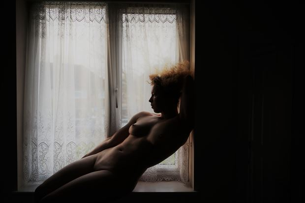 evening light artistic nude photo by model loreley