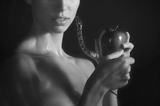 evie and the serpent artistic nude artwork by photographer fotodano