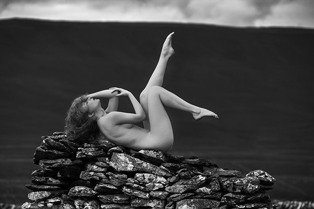 ewes top Artistic Nude Photo by Photographer Thomas Bichler