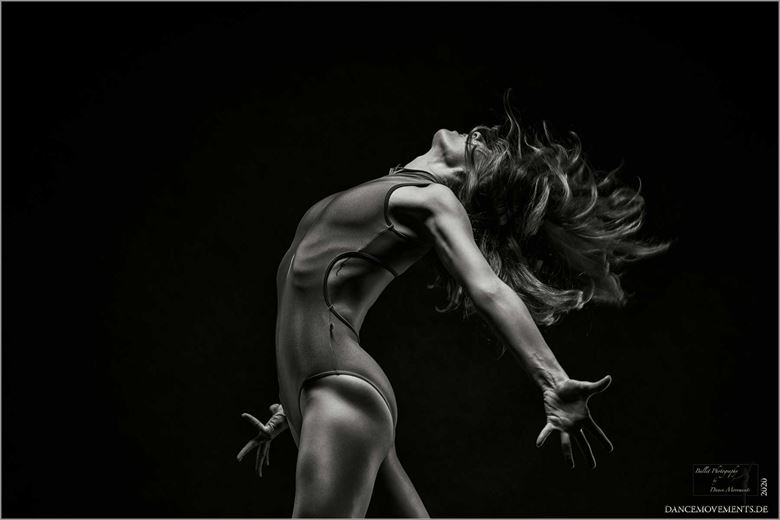 explosion emotional artwork by photographer dance movements by klaus wegele