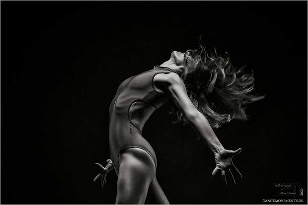explosion emotional artwork by photographer dance movements by klaus wegele