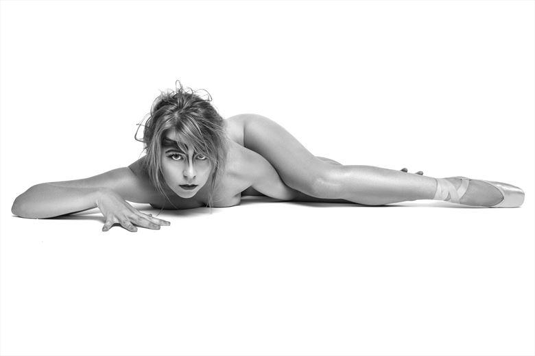 eyes artistic nude photo by model riley jade