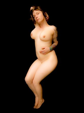 fabienne of berlin 2009 artistic nude photo by model thomas lundy