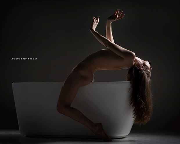 falling into darkness artistic nude photo by model jay ban
