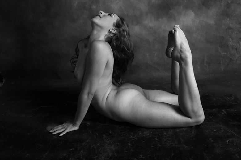 fantasy dance artistic nude photo by photographer robert l person